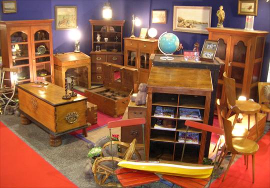 Salon antiquit s brocante lorient 2007 au parc des expositions de lorient - Salon antiquites brocante ...