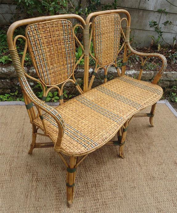 Salon de jardin en rotin ancien des id es int ressantes pour - Banquette jardin resine ...