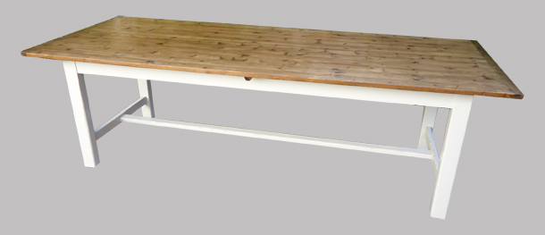 Grande table en bois for Grande table de salle a manger