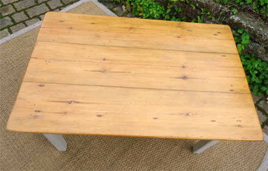Jolie Petite Table Basse Ancienne En Bois Peint