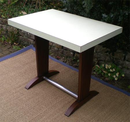 table bistrot jardin trouvez le meilleur prix sur voir. Black Bedroom Furniture Sets. Home Design Ideas