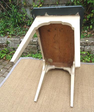 pratique et fonctionnel petit bureau d 39 appoint peint et patin. Black Bedroom Furniture Sets. Home Design Ideas