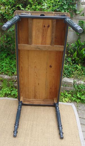 Table ancienne rectangulaire peinte et patin e for Table bois ancienne rectangulaire