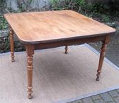 divers mod les de tables anciennes en bois naturel charme chataignier chene. Black Bedroom Furniture Sets. Home Design Ideas