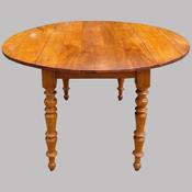 meubles authentiques et anciens en bois clair de style louis philippe et autres styles. Black Bedroom Furniture Sets. Home Design Ideas