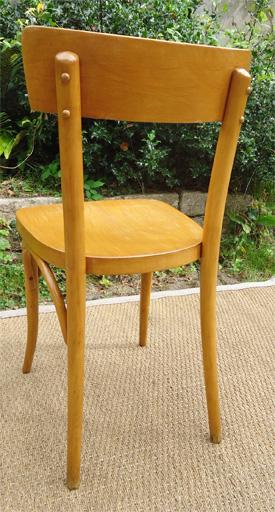 huit chaises de bistrot thonet anciennes fabriqu es en tch coslovaquie et vendues par blondel. Black Bedroom Furniture Sets. Home Design Ideas