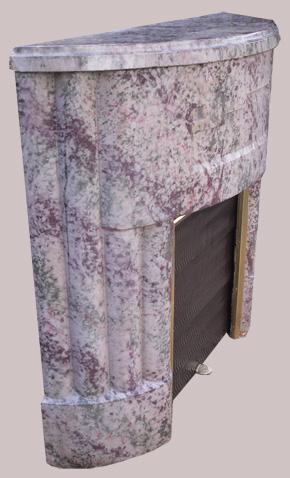 tr s beau tour de chemin e de style art deco de forme arrondie. Black Bedroom Furniture Sets. Home Design Ideas