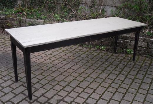 tres belle et grande table rectangulaire en bois peint. Black Bedroom Furniture Sets. Home Design Ideas