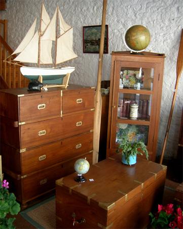 commerce de meubles et boutique de d coration pont l 39 abb dans le pays bigouden. Black Bedroom Furniture Sets. Home Design Ideas